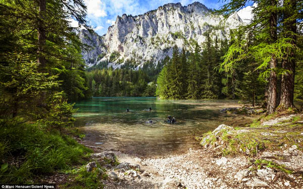 Tragoess Lake , Austria © Marc Henauer
