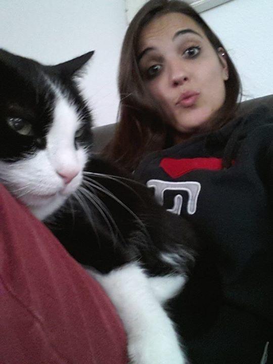 illuzone_Animal_Annoyed_Selfie (18)
