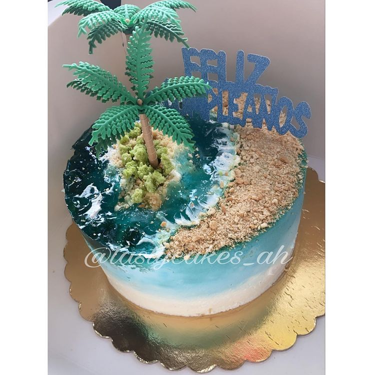 Island Cake or Island Jelly Cake with palm tree decorations