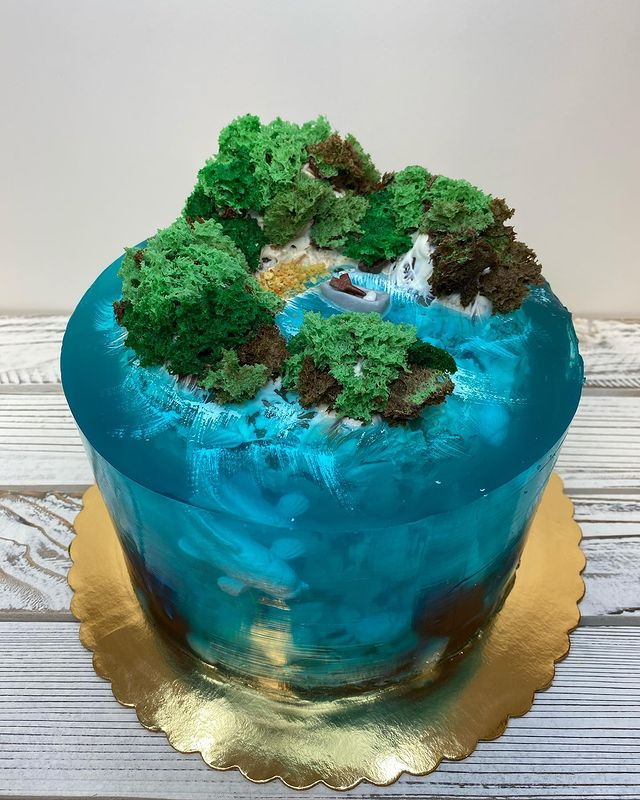 Island Cake or Island Jelly Cake with a little boat in the bay